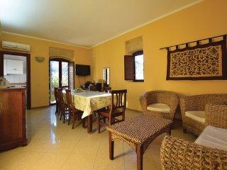 5 bedroom Villa in Scala dei Turchi, Sicily South, Italy : ref 2382276 - Realmonte vacation rentals