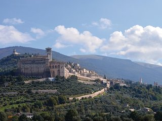 5 bedroom Villa in Assisi, Perugia And Surroundings, Italy : ref 2382807 - San Vitale vacation rentals