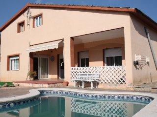 4 bedroom Villa in Canyelles, Costa del Garraf, Spain : ref 2396136 - Canyelles vacation rentals