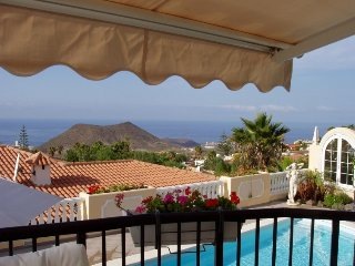 3 bedroom Villa in Arona, Tenerife, Spain : ref 2395745 - Chayofa vacation rentals