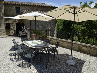 4 bedroom Villa in Perugia, Trasimeno Lake, Italy : ref 2395668 - Fratticiola Selvatica vacation rentals