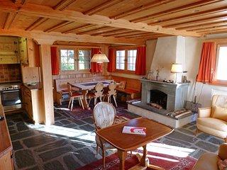 4 bedroom Villa in Laax, Surselva, Switzerland : ref 2395518 - Falera vacation rentals