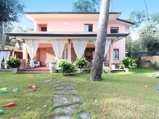 3 bedroom Apartment in Forte dei Marmi, Versilia, Lunigiana and sourroundings - Forte Dei Marmi vacation rentals