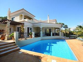 3 bedroom Villa in Vale do Lobo, Algarve, Portugal : ref 2395183 - Vale do Garrao vacation rentals