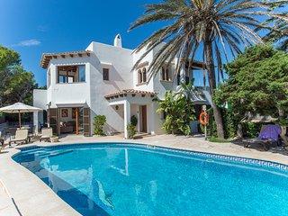 5 bedroom Villa in Cala d'Or, Mallorca, Mallorca : ref 2394676 - Santanyi vacation rentals