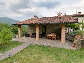 3 bedroom Villa in Castelnuovo Di Garfagnana, Garfagnana, Tuscany, Italy : ref - Castelnuovo di Garfagnana vacation rentals