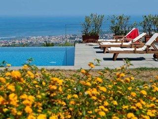 3 bedroom Apartment in Giarre, Taormina, Sicily, Italy : ref 2386914 - Coste vacation rentals