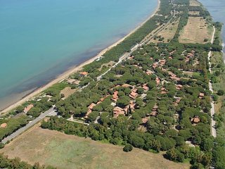 2 bedroom Apartment in Orbetello, Maremma, Tuscany, Italy : ref 2386698 - Giannella vacation rentals