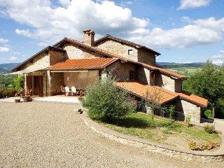 4 bedroom Apartment in Borgo Alla Collina, Casentino, Tuscany, Italy : ref - Borgo alla Collina vacation rentals