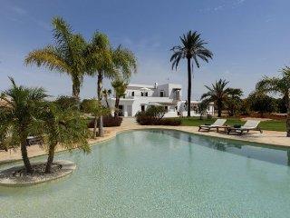 5 bedroom Villa in San Carlos/ Sant Carles de Peralta, Baleares, Ibiza : ref - Es Canar vacation rentals