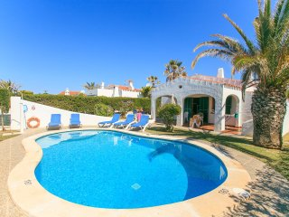 Cozy 3 bedroom Villa in Cala'n Bosch - Cala'n Bosch vacation rentals