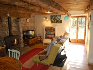 Romantic 1 bedroom Carentoir Gite with Internet Access - Carentoir vacation rentals