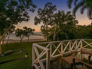 Cottonwood - Private Beachfront - Oak Beach vacation rentals