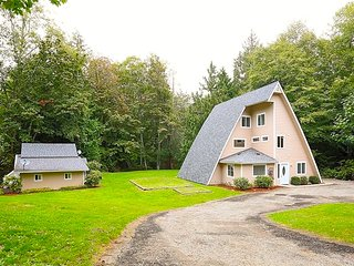 Nice Guest house with Internet Access and A/C - Manchester vacation rentals