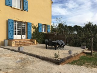 Charmant T3 au calme tout confort proche Aix 3 km - Aix-en-Provence vacation rentals