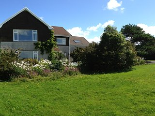 Bed and breakfast on a peaceful small farm, close to Mumbles with sea views - Mumbles vacation rentals