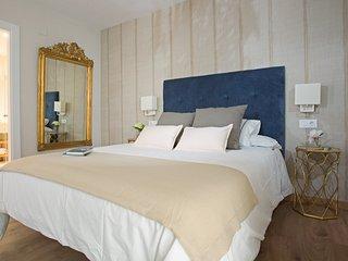 FREE PARKING - City Centre New & Stylish 3bed-2bath apart. Malaga's Old Quarter - Malaga vacation rentals
