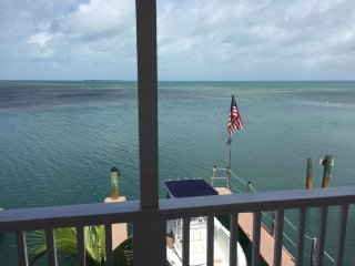 A quiet spot in paradise close to fishing with dockage included (#4) - Conch Key vacation rentals