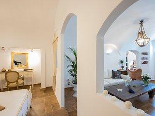 Comfortable 3 bedroom Villa in Karterados - Karterados vacation rentals