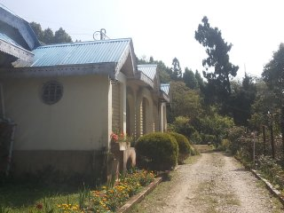 2 bedroom Bungalow with Satellite Or Cable TV in Kurseong - Kurseong vacation rentals