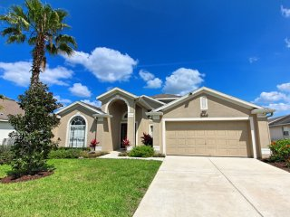 Lovely 4 bedroom 3 bath home from $120nt - Orlando vacation rentals