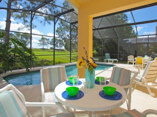 Luxury Villa, New Tv's & Appliances On Golf Course, Private Pool And Game Room - Haines City vacation rentals