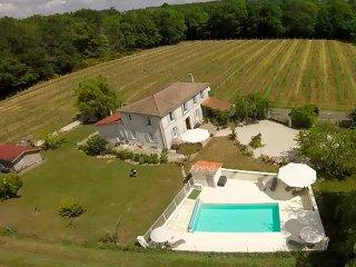 Chez Sibert villa with private heated pool, sleeps 8 plus 2 extra children - Cherac vacation rentals
