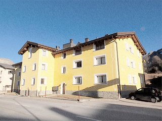 Cozy Condo with Internet Access and Television - Maloja vacation rentals
