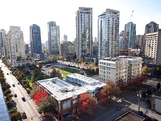 Best Downtown Yaletown Location Executive 2BR Condo - Vancouver vacation rentals