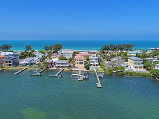 Hibiscus - Bradenton Beach vacation rentals