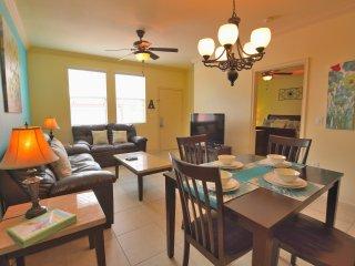 Villa Tesoro - Beautiful 4 Bedroom 2 Bath Townhome - Davenport vacation rentals