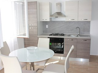 Romantic 1 bedroom Maslenica Apartment with Internet Access - Maslenica vacation rentals