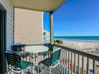 Oceanfront family friendly condo, walk to pier + restaurants, amazing view! - Surfside Beach vacation rentals