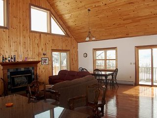 Nice House with Deck and Internet Access - Hillsdale vacation rentals