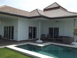 New 3 bed pool villa for rent - Hua Hin vacation rentals