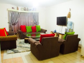 Cozy 3 bedroom Nairobi Condo with Internet Access - Nairobi vacation rentals