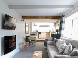 Somewhere Special -Newly renovated contemporary 17th Cent Cumbrian cottage for 2 - Greystoke vacation rentals