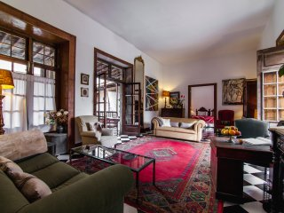 TAMARIND APARTMENT in an OLD MERCHANT PALACE ! - Las Palmas de Gran Canaria vacation rentals