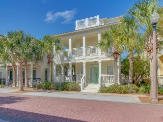 Classic house with shared pools, resort amenities, & prime location - Seacrest vacation rentals