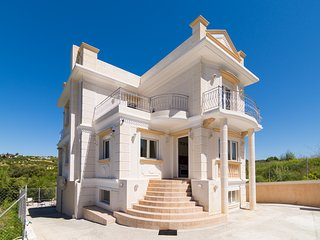 250m² Villa ideal for Family quiet Stratos Palace - Karteros vacation rentals