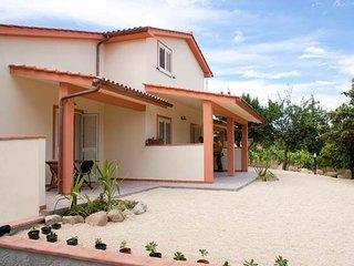 APPARTAMENTO CILIEGIO 1e 3 - Marina Di Campo vacation rentals