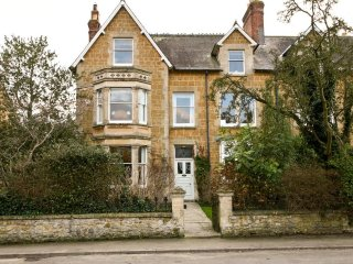 AVALON HOUSE B&B IN CASTLE CARY, SOMERSET - Castle Cary vacation rentals