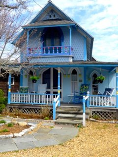 Sweet Downtown Gingerbread Cottage (410) - Oak Bluffs vacation rentals