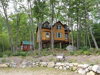 Perfect Tree house with Deck and Internet Access - East Stoneham vacation rentals