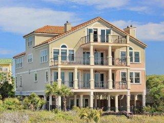 Spacious 7 bedroom Saint George Island House with Internet Access - Saint George Island vacation rentals