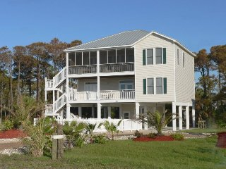 5 O'clock Somewhere - Saint George Island vacation rentals