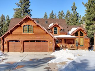 Gorgeous Cabin with Deck and Internet Access - Big Bear City vacation rentals