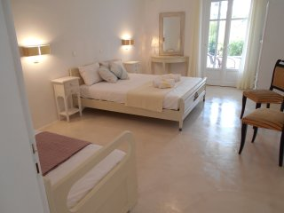 ITALIAN HOSPITALITY APARTMENT FOR 3 PERSONS - Aliki vacation rentals