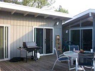 Gorgeous 4 bedroom Ocean Beach House with Deck - Ocean Beach vacation rentals