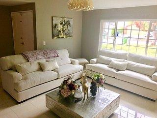 4 bedroom House with Internet Access in San Fernando - San Fernando vacation rentals